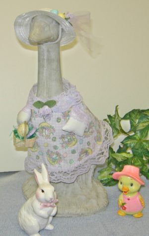 "Easter lavender and white checked with white hat outfit for 14"" cement goose"