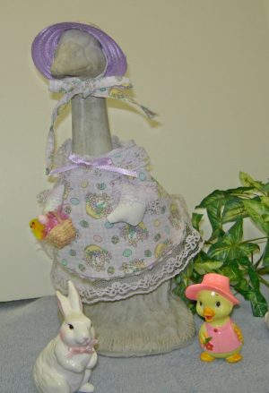 "Easter lavender and white checked with lavender straw hat for 14"" goose"