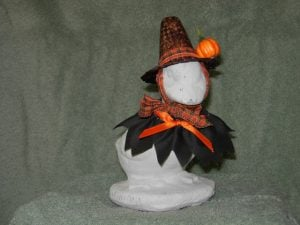 """Halloween Ragged cut black witch with witch hat for 6"""" baby cement goose"""