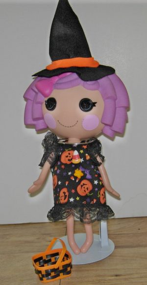 """Short dress for Halloween. Includes a witch hat and trick or treat basket for 13"""" LaLaLoopsy dolls"""